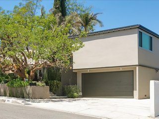 4 bedroom Villa with Internet Access in North Hollywood - North Hollywood vacation rentals