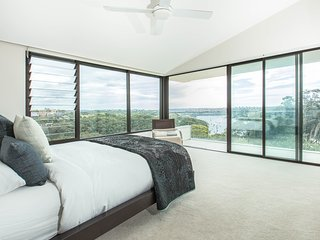 Impressive Sydney home with pool and fabulous view - Cammeray vacation rentals