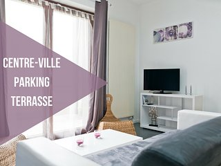 Nice Condo with Internet Access and Garage - Nantes vacation rentals