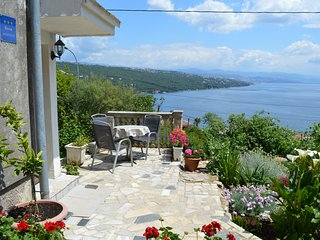 Nice 1 bedroom Opatija Apartment with Internet Access - Opatija vacation rentals