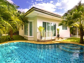 Lovely Villa with Internet Access and A/C - Sattahip vacation rentals