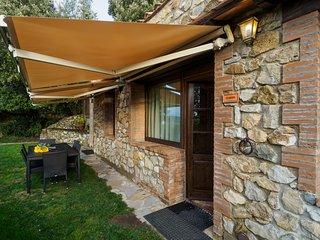 2 bedroom Condo with Internet Access in Casale di Pari - Casale di Pari vacation rentals