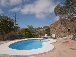 Holiday cottage with private pool in Las Palmas - Chilanga vacation rentals