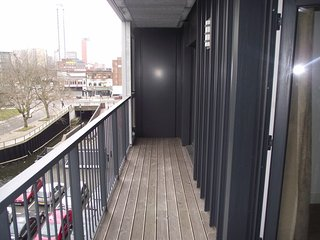 Cozy 2 bedroom Condo in Birmingham with Elevator Access - Birmingham vacation rentals