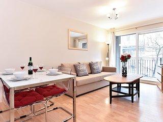 Cozy 2 bedroom Condo in Islington with Internet Access - Islington vacation rentals