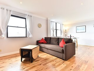 Comfortable Condo with Internet Access and Television - Islington vacation rentals