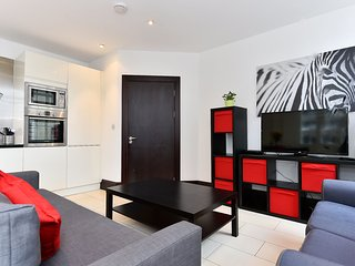 2 bedroom Apartment with Internet Access in Islington - Islington vacation rentals