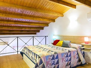 Old town apartment - free wifi - Palermo vacation rentals