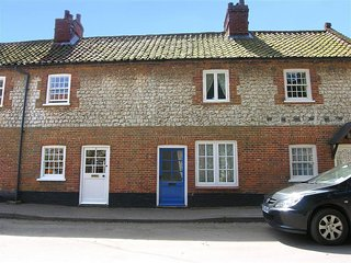 Comfortable House with Television and DVD Player - Burnham Market vacation rentals