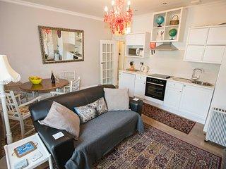 47b Victoria Place - Dartmouth vacation rentals