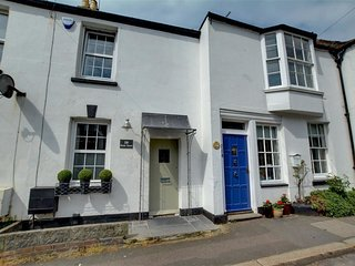 Comfortable House with Internet Access and Television - Hythe vacation rentals