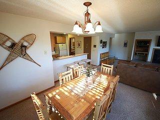 Nice 2 bedroom Winter Park Condo with Deck - Winter Park vacation rentals