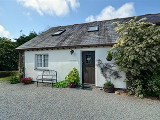 Bright House with Internet Access and Television - Bude vacation rentals