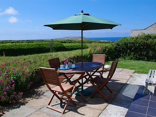 Comfortable House with Internet Access and Television - Treator vacation rentals