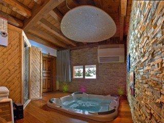 Chalet Gian Piere, Les Bossons, Chamonix (sleeps 10) - Chamonix vacation rentals
