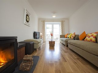 Bright House with Internet Access and Television - Perranporth vacation rentals