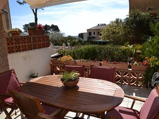 Nice House with Television and Grill - L'Estartit vacation rentals