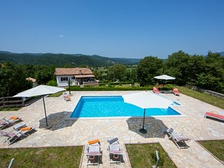 4 bedroom Villa with Internet Access in Boljun - Boljun vacation rentals
