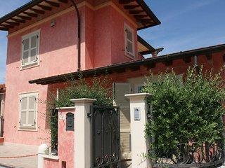 Nice 3 bedroom House in Forte Dei Marmi - Forte Dei Marmi vacation rentals