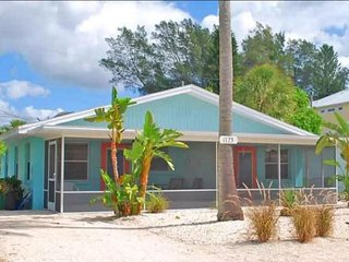 Nice Condo with Internet Access and A/C - Manasota Key vacation rentals