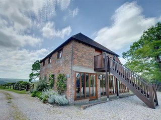 Bright 4 bedroom House in Brede with Television - Brede vacation rentals