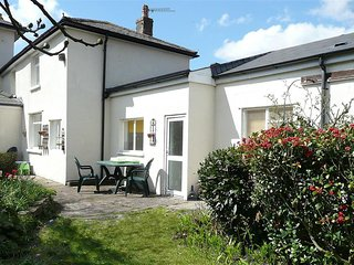 Bright House with Internet Access and Television - Cardiff vacation rentals