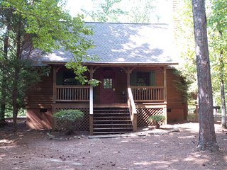 Schofield Cabin Pine Mountain, Ga just 10mins to Callaway Gardens & Warm Springs - Warm Springs vacation rentals