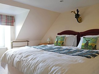 Bright House with Television and DVD Player - Uig vacation rentals