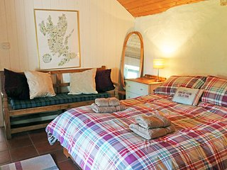 Beautiful House with Internet Access and Microwave - Elgol vacation rentals