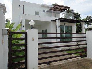 Krabi Town Bungalow with Free 1 Way Transfer - Krabi vacation rentals