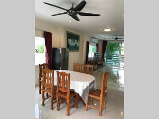 Krabi Town Bungalow with Free 1 Way Transfer - Krabi vacation rentals