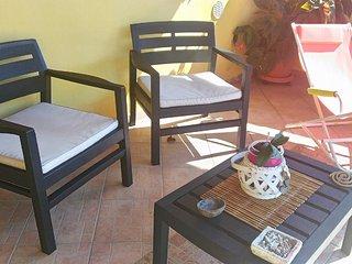 B&B Annalù Camera privata con bagno privato e ampio solarium - Guspini vacation rentals