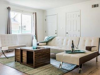 *Beautiful & Modern 6 Bedrooms in Los Angeles* - Los Angeles vacation rentals