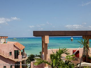 Rooftop Penthouse, Best Views in Playa, 3 Bdrms, Infinity Pool, Right off 5th Av - Playa del Carmen vacation rentals