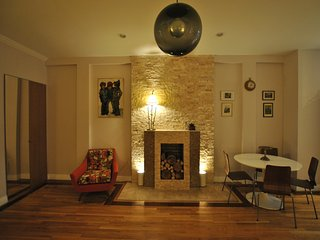 Charming 2 Bedroom in Historic Harlem - New York City vacation rentals