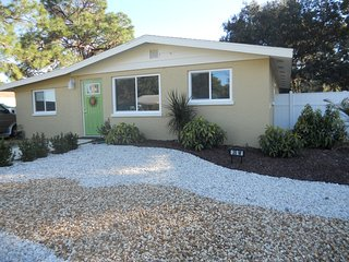This beautifully renovated 3 Br house has huge fenced yard for small dogs - Englewood vacation rentals