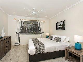 Romantic 1 bedroom Ewingsdale Villa with Deck - Ewingsdale vacation rentals