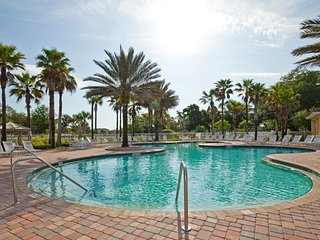 3BR Palm Coast Condo w/Resort-Style Amenities, Brand New Furnishings & WiFi - Close to Restaurants, Shopping, Beaches & More! - Palm Coast vacation rentals