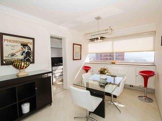 Charming 1 bedroom Vacation Rental in Rio de Janeiro - Rio de Janeiro vacation rentals