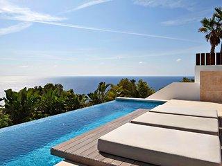 5 bedroom Family Villa in Roca Llisa with Pool - Roca Llisa vacation rentals