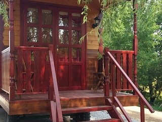 Cute mobile home with terrace and garden - Nouic vacation rentals