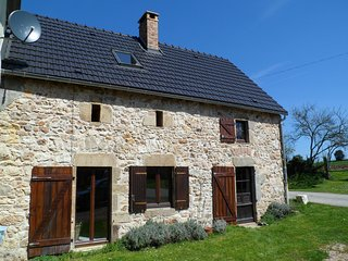 Charming 2 bedroom Gite in Saint-Maurice-pres-Pionsat - Saint-Maurice-pres-Pionsat vacation rentals