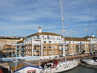 Brighton Marina Penthouse with Sea Views and Free Parking - Brighton vacation rentals