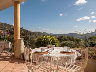 Comfortable 3 bedroom Vacation Rental in Loiri Porto San Paolo - Loiri Porto San Paolo vacation rentals