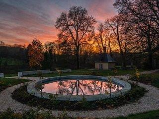 Château de Moison - Domaine Eco-Nature, La Chambre Rouge - Ivoy le Pre vacation rentals