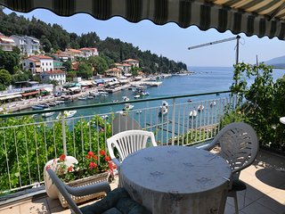 Room w/ balcony,sea view,bathroom 969 - Rabac vacation rentals