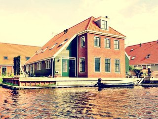 Waterfront house, near Amsterdam - Broek in Waterland vacation rentals