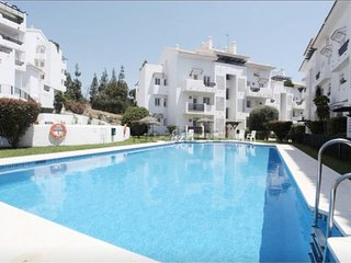 3 bedrooms flat within walking distance of  beaches, supermarket and restaurants - Benalmadena vacation rentals