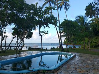 Nice Bungalow with Internet Access and Water Views - Velha Boipeba vacation rentals