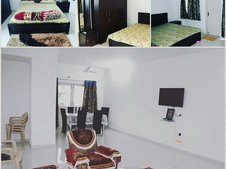 royal orchid lake end 3bhk appartment suite - Udaipur vacation rentals